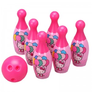 Hello Kitty Bowling Set